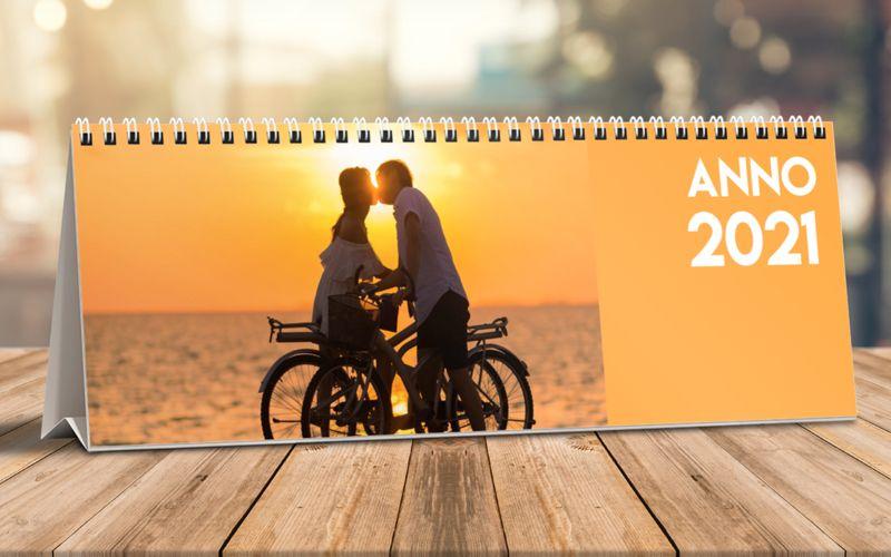 Calendario Da Tavolo Orizzontale Arancione